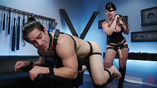 Mistress Kara definitely knows how to use a strapon with a guy