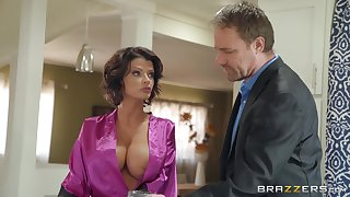 Joslyn James adores when her lover cum on her tits after good sex