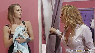 passionate lesbian Evelin Stone use a strapon to please her girlfriend