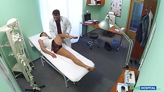 Be full occupation giving be attracted to Enny gets penetrated slobber deep on the hospital bed