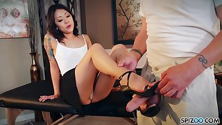 Nude Korean Saya Publicize gives a footjob with an increment of blowjob to clothed married scrounger