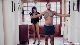 Submissive black lover fulfills every strained of ashen mistress Kali Sudhra