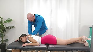 Beautiful stripped masseuse Kendra Spade is so happy to ride strong cock